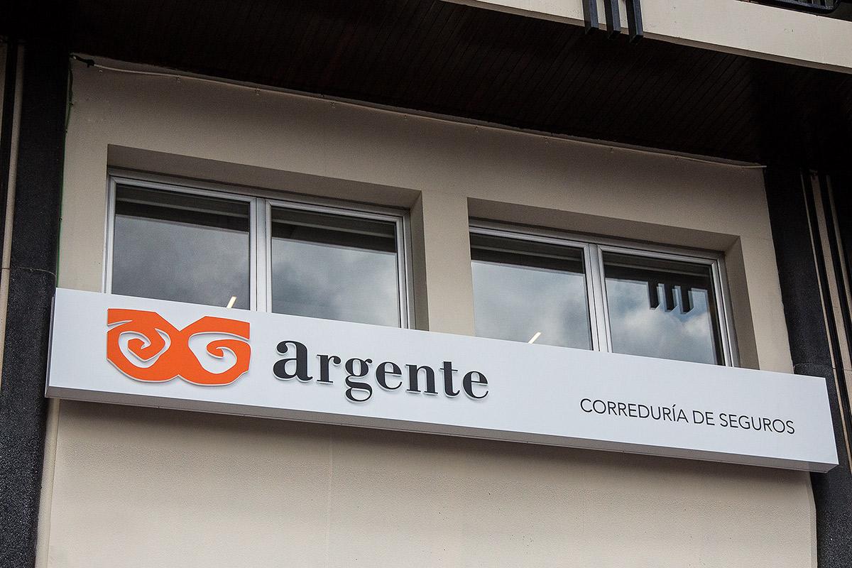 argente-correduria-de-seguros-en-valencia-instalaciones-slide-6